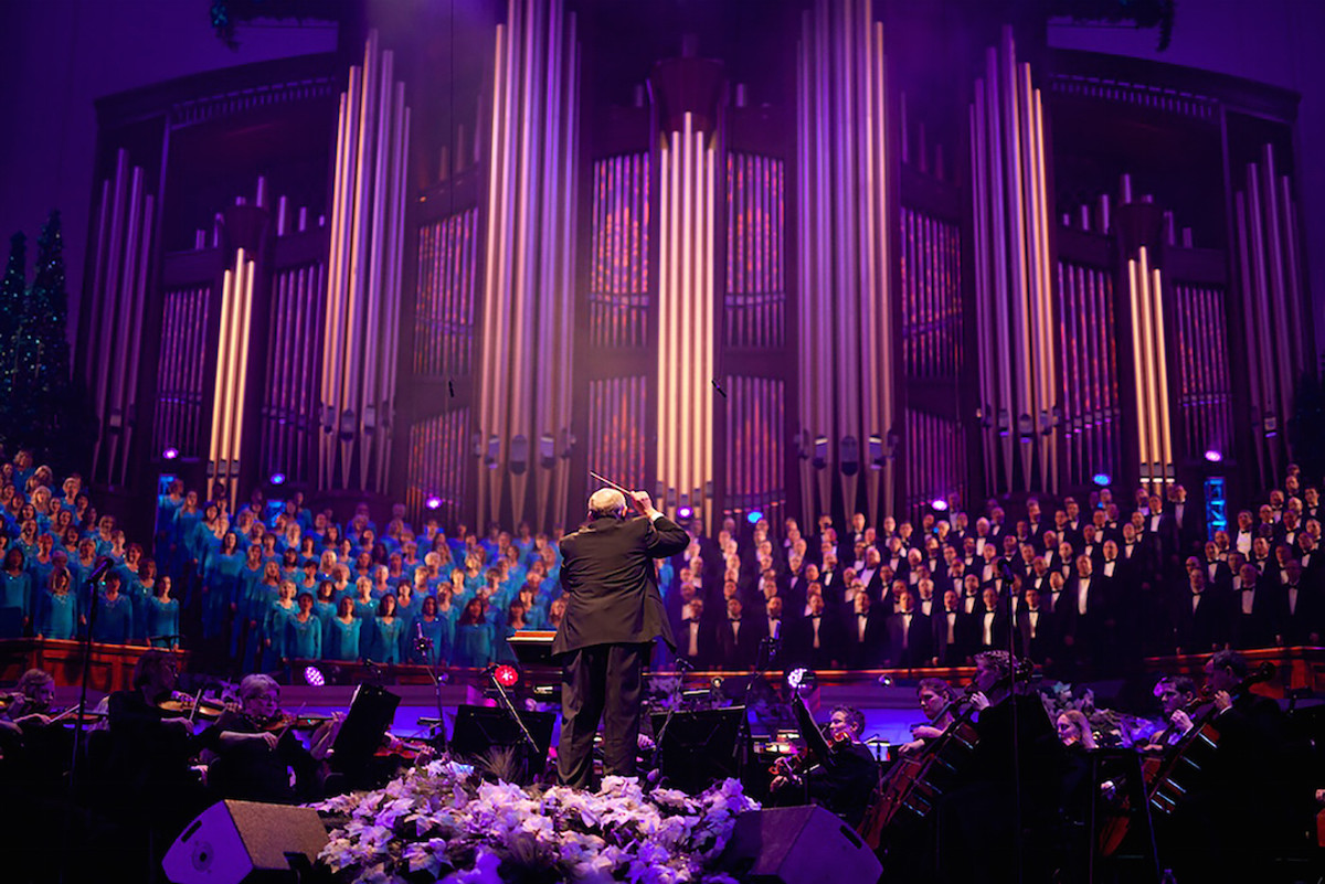 Top 12 most-viewed Mormon Tabernacle Choir Christmas songs on ...