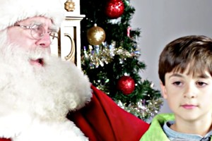 Jewish Kids Meet Santa For The First Time