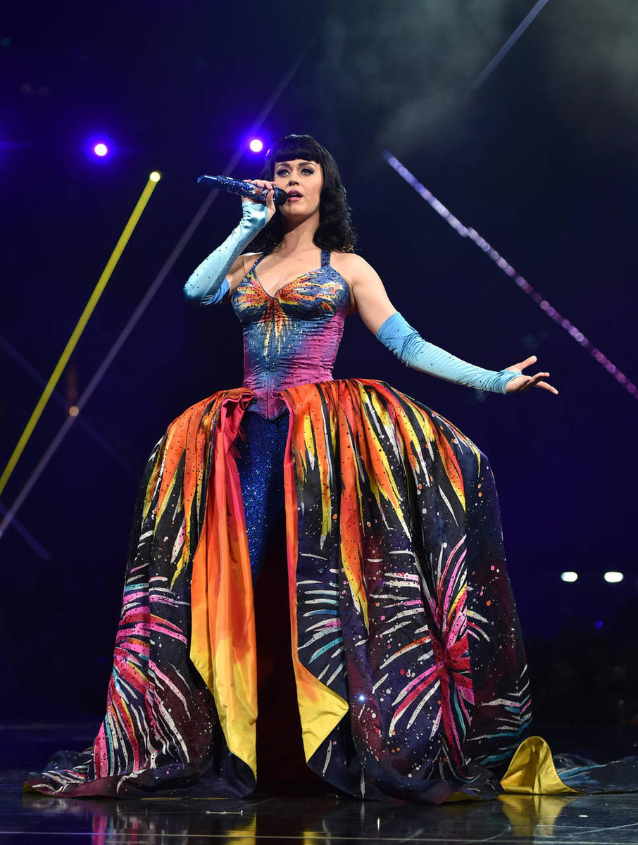 Katy Perry, 'ex-Christian,' credits God's help with ...