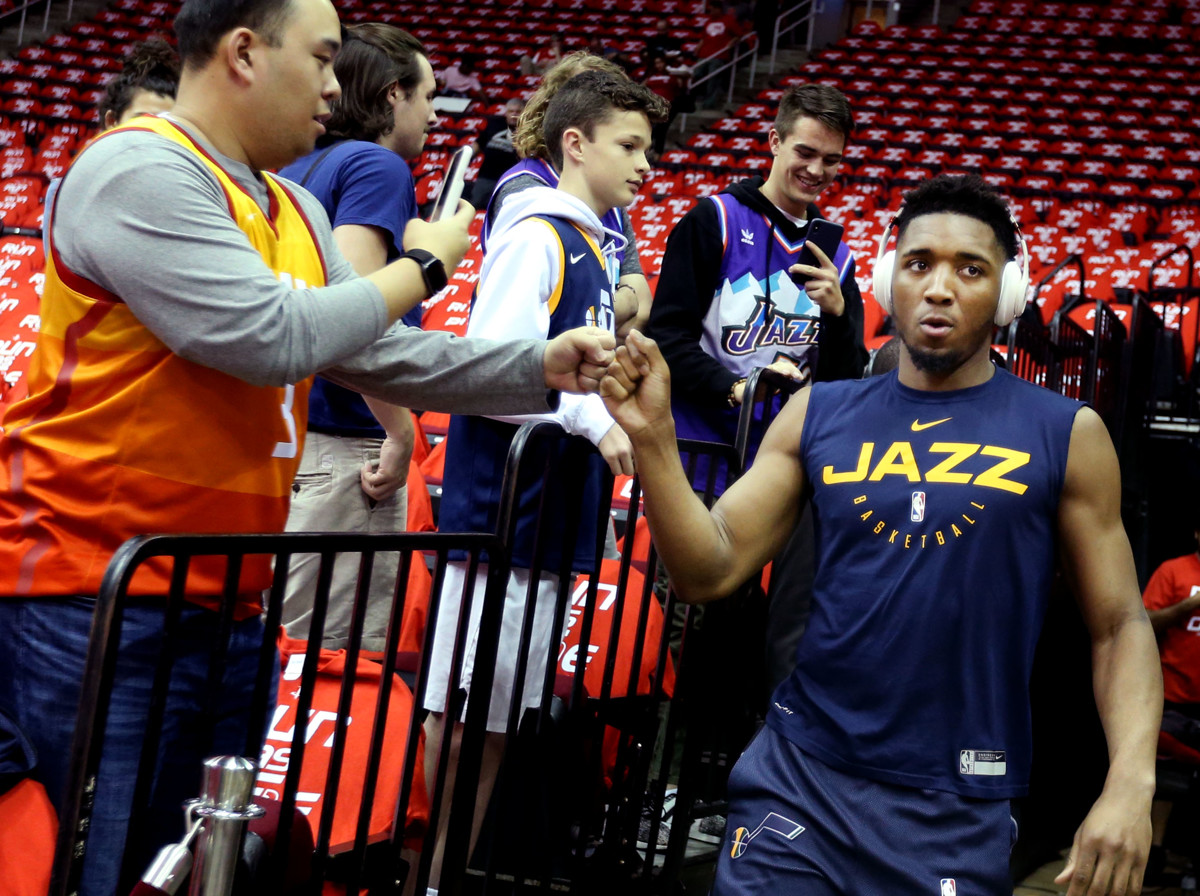 320ebb62830 Utah Jazz fans reflect on season, look forward to summer ...