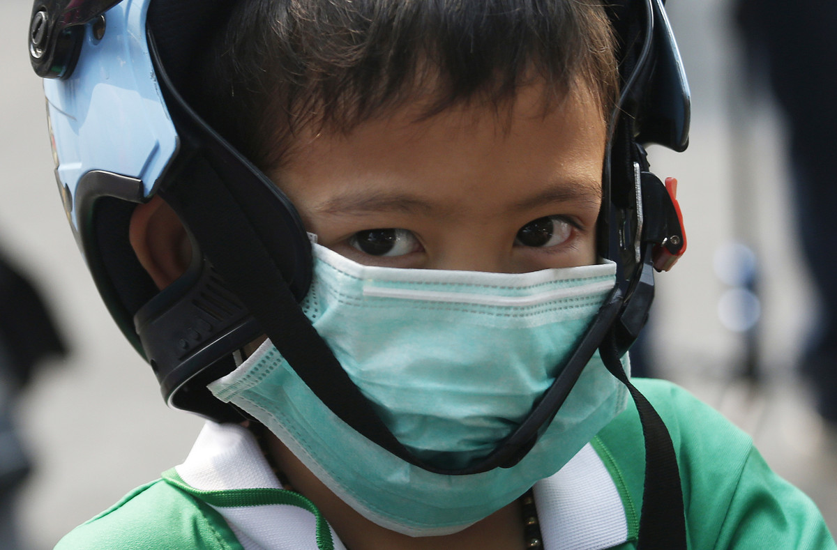 Young people who live in cities may have billions of toxic air pollution particles in their hearts