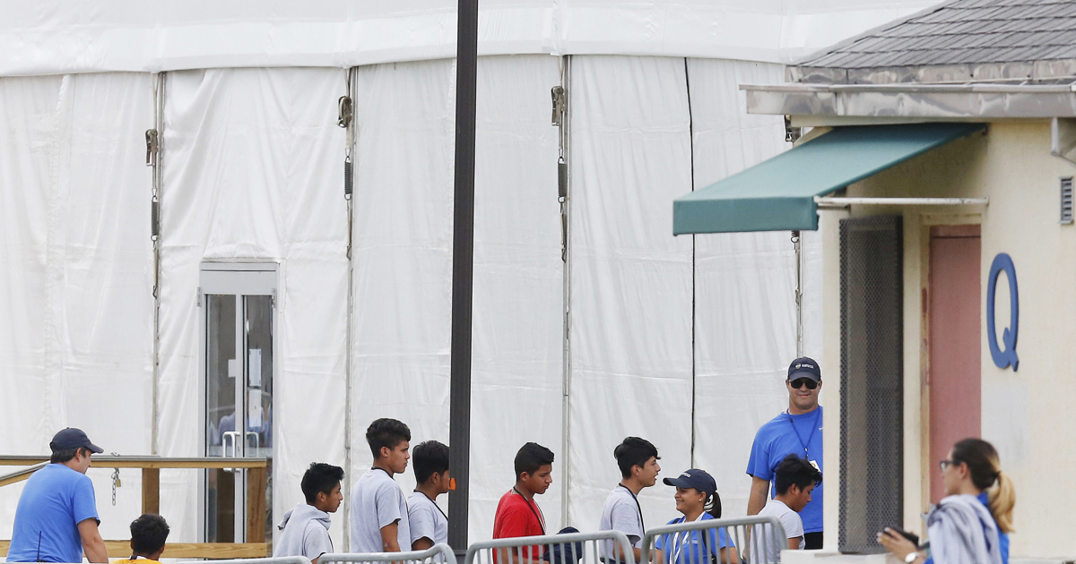 Federal agency says it lost track of 1,488 migrant children | Deseret News