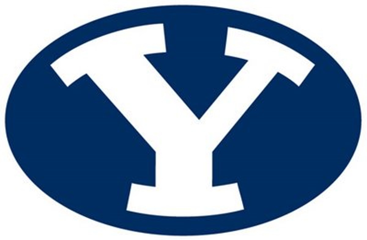Byu Volleyball Eschenberg And Robinson Aide No 8 Cougars In 3 1