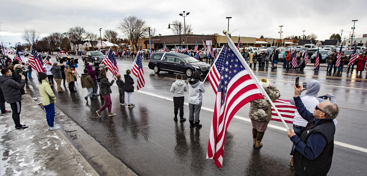 143e2ad2516 He was the very best   Utahns mourn slain Provo police officer ...