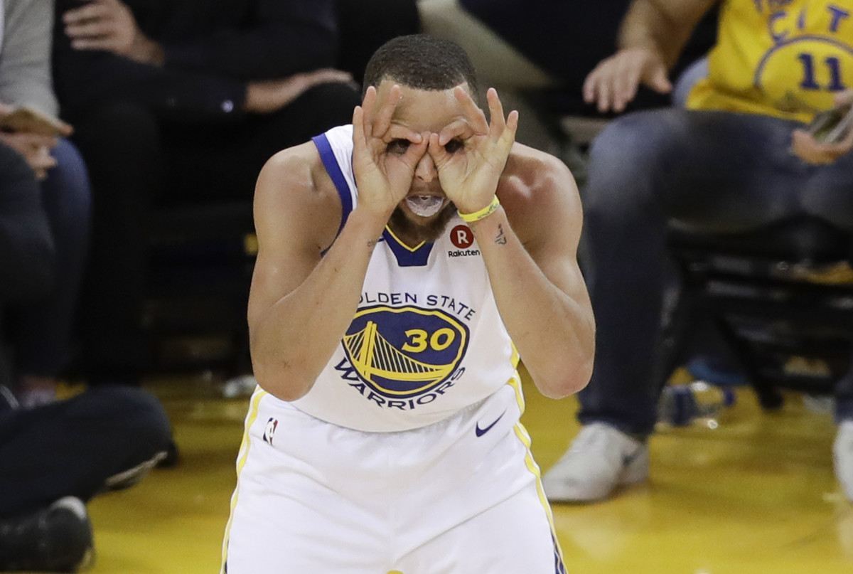 672c6f901c1 Warriors withstand James  51 points to win NBA Finals Game 1 ...